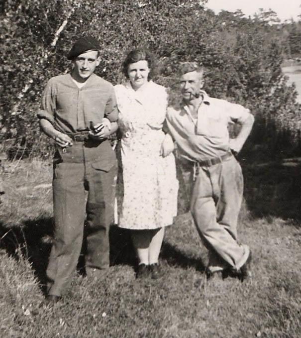 Family Photo on Daniel Serricks last visit home 1943