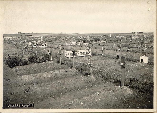 Villers Aubois Cemetary, Front.