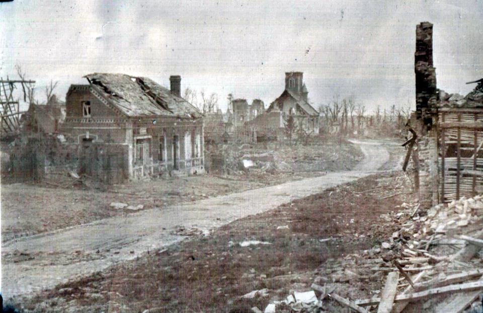 Bourlon Village